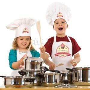 Kids bib apron with pocket