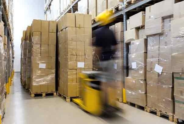 Lagerung & Logistik
